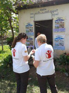 Save the Children volunteers in Cambodia